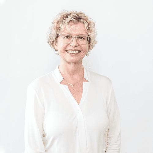 Dr. Christine Trainer